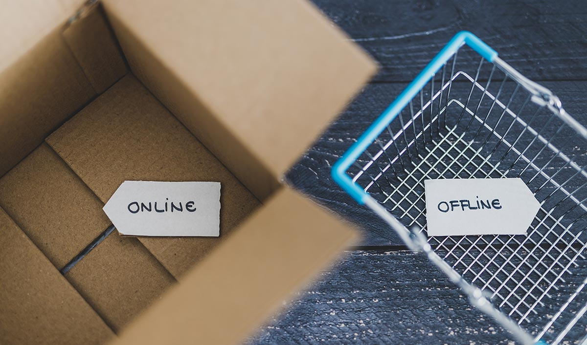 How Offline Retail is an Unmatched Rewarding Experience?