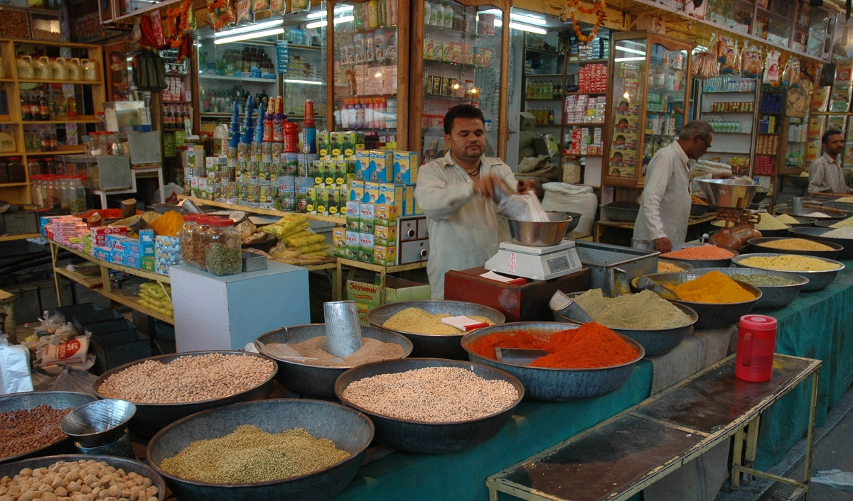 Kirana Stores Witness 96% Rise in AePS Transaction Volumes During Lockdown
