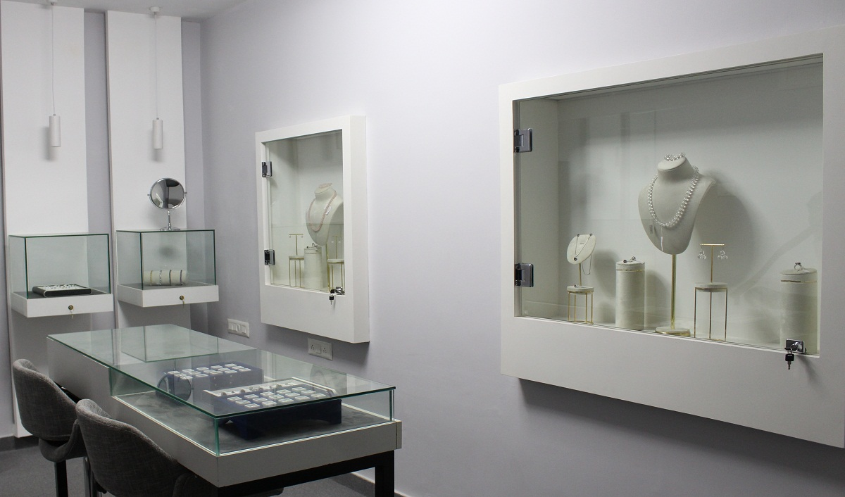 Gem Selections Deepens Network, Opens Two New Stores