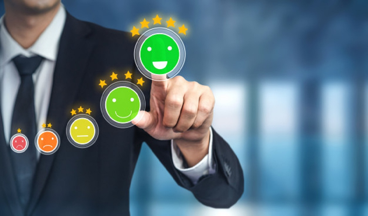 Role of Technology in Enhancing Consumer Experience