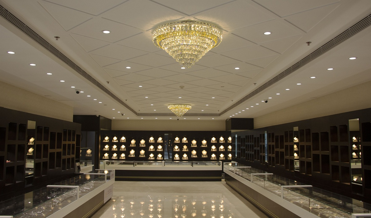Waman Hari Pethe Jewellers Launches 25th Outlet in Mumbai