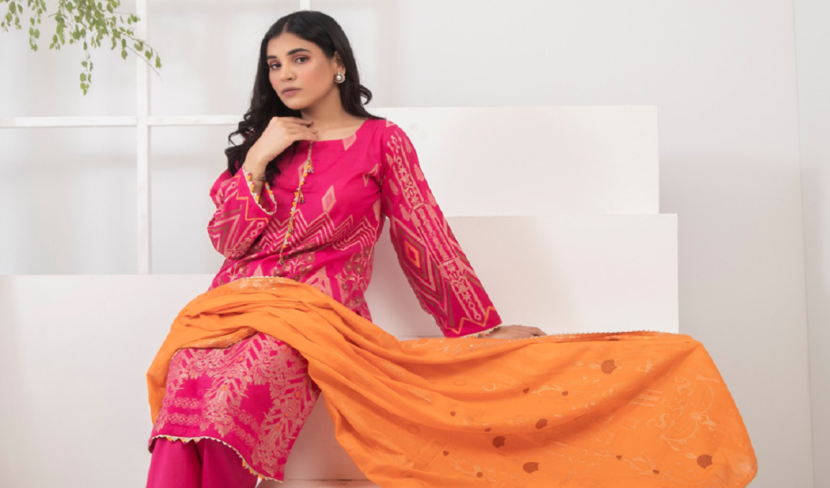For that Desi Charm - 4 Accessories to Flaunt with your Modern Kurtis