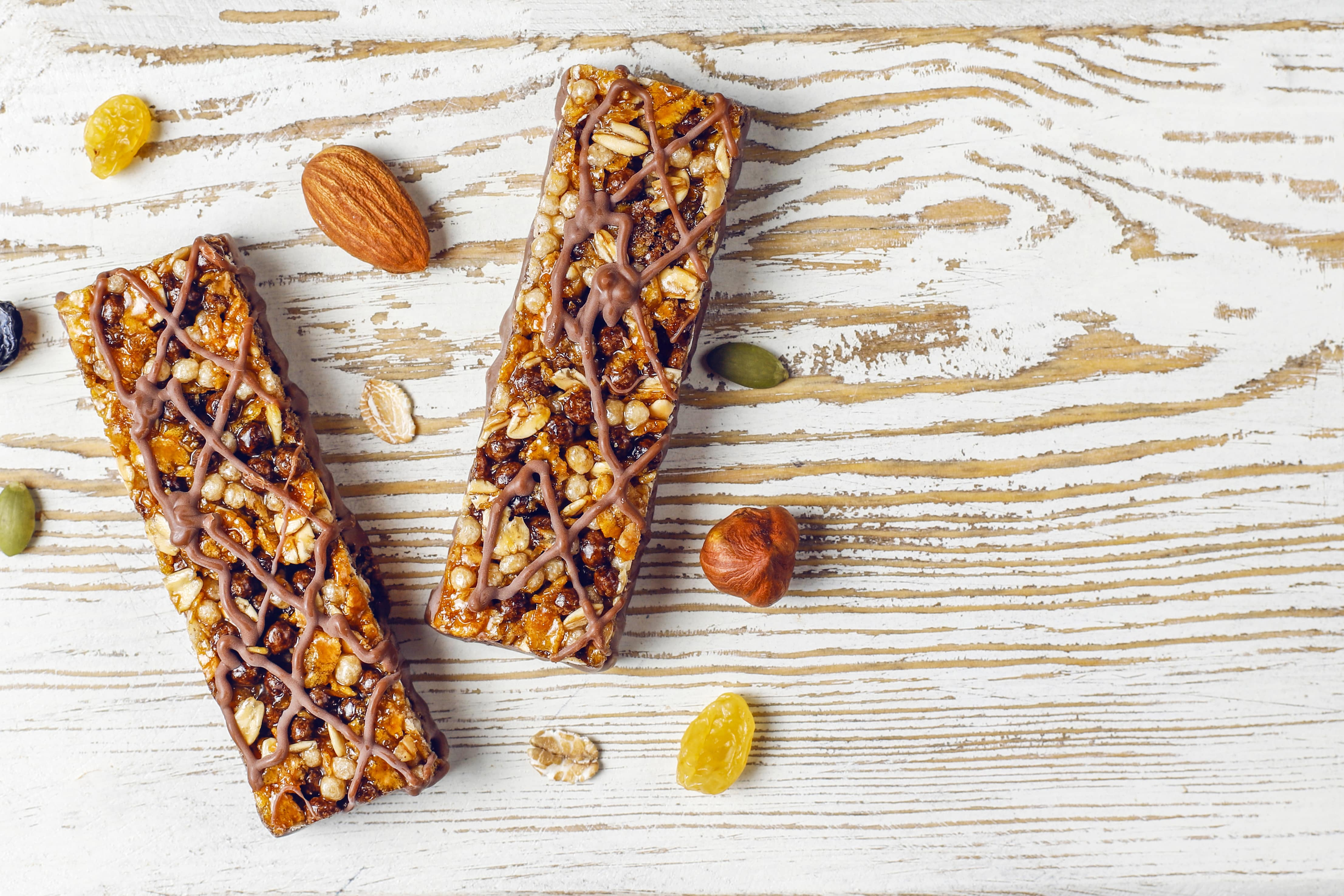 5 D2C Healthy Snacking Start-ups Solving the 'Snack Crunch' Problem