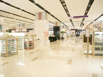 Shopping malls projects delayed; retail supply down 80% in H1
