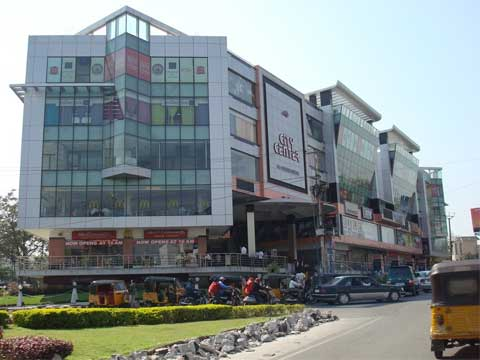 Andhra Pradesh promises single-desk policy for retail chains