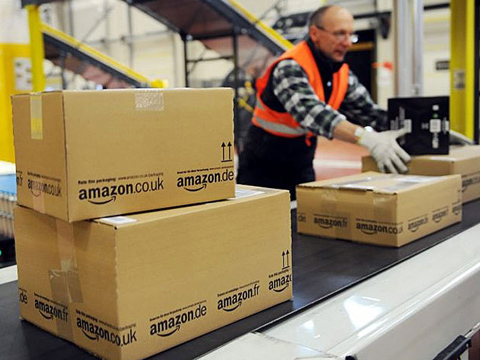 Amazon enters wholesale eComm; invites merchants to trade online