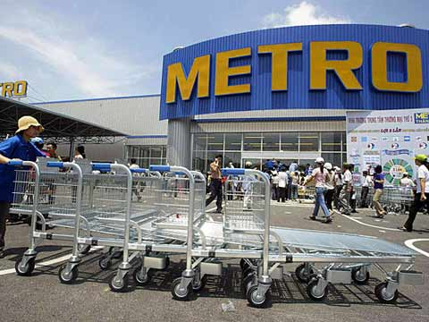 German retailer Metro in talks with Kaufhof