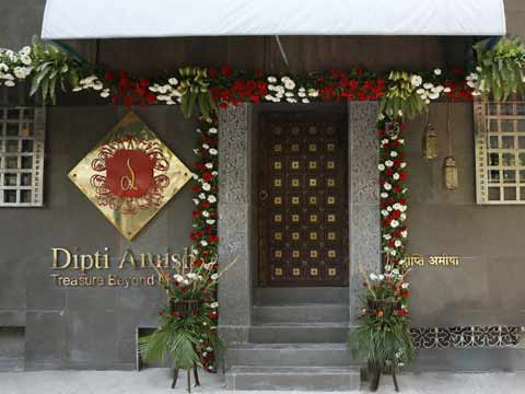 Dipti Amisha' signature store