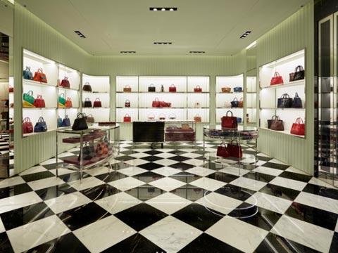 Despite E-Commerce Rise, Offline Stores Generating 91% Sale: Report