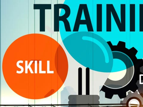 What are major challenges in skill training in retail?