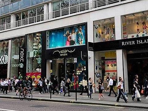 How neighborhood markets are emerging as hot retail destinations?