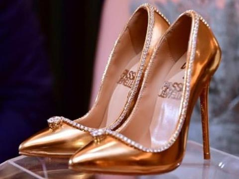 A pair of shoe worth Rs 123 cr !