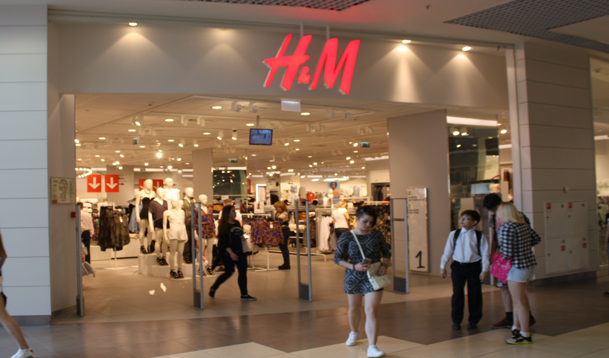 H&M Posts Decline in Full Year Sales and Profit