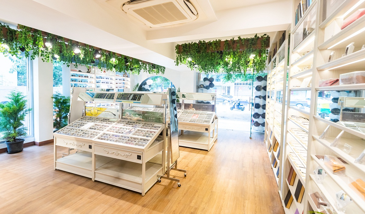 Japanese Eyewear Brand OWNDAYS expands India presence; opens 6th store