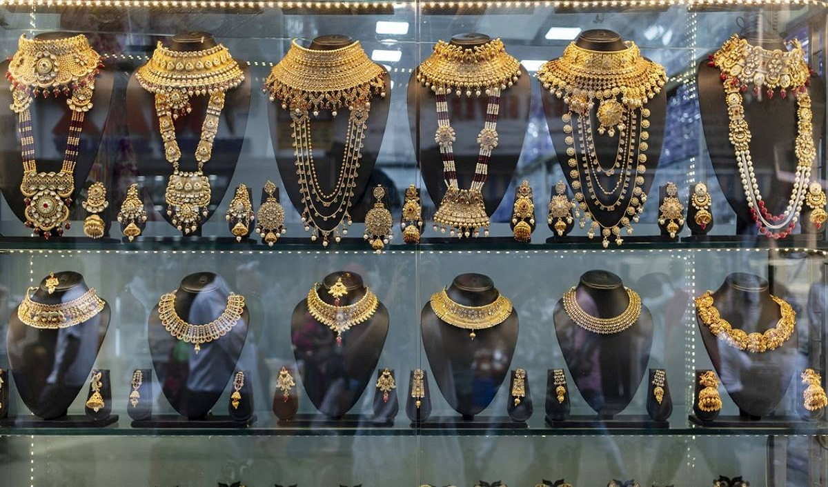 Kalyan Jewellers Secures Rs 351.89 cr Ahead of its IPO