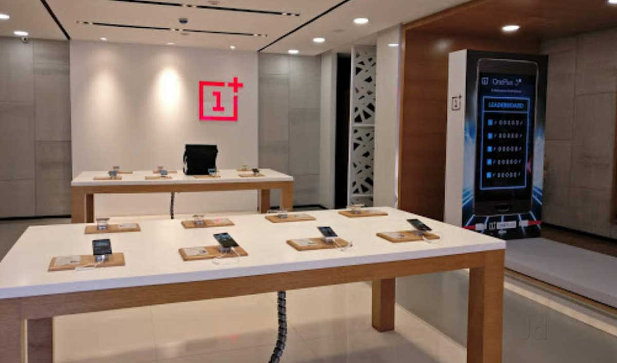 OnePlus aims to launch 100 experience stores across India in 2020