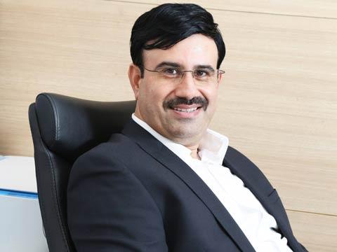 Deepak Kabu, CEO, Ziox Mobiles