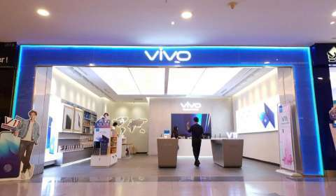 Smartphone maker Vivo mulls aggressive offline expansion, plans to add 250 exclusive stores in 2020