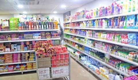 Kiranas, MSMEs Hop onto E-commerce with Flipkart Wholesale App, Best Price Cash-and-Carry Biz