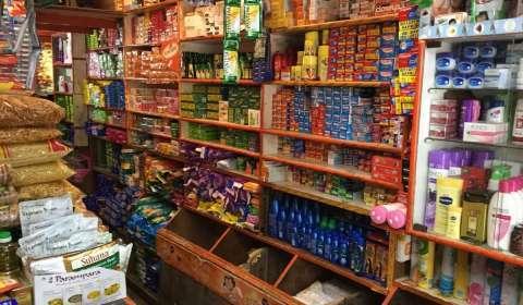 Small Merchants Gain Popularity in Bigger Markets