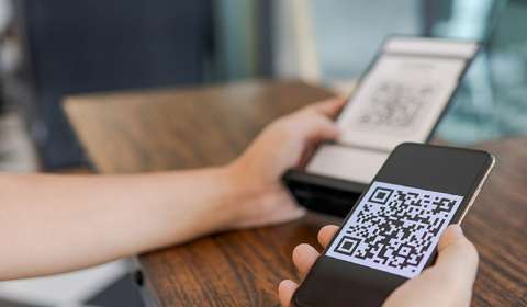 'Scan & Go' Technology Brings App Clips with Apple Pay to iPhone Customers