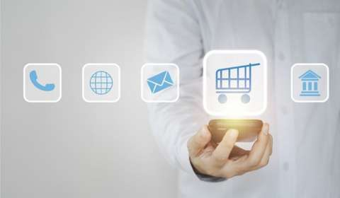 Why Retailers are Opting for D2C Route to Acquire Customers