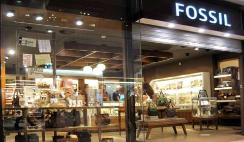 Fossil Brings Retail Store to your Phone; Announces M-Commerce Initiatives