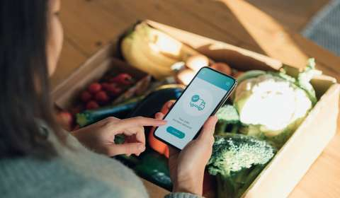How this E-Commerce Startup is Bringing Neighbourhood Retailers Closer to Consumers via WhatsApp