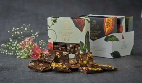 Luxury Chocolate Brand SMOOR Rides the Health Food Wave