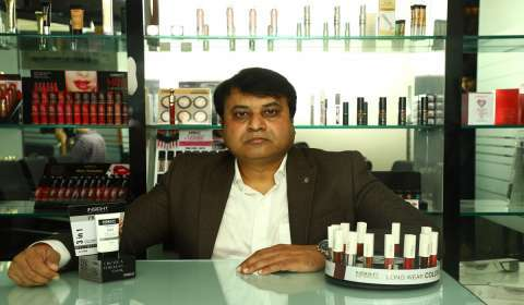 How Insight Cosmetics Focuses on Customer Retention