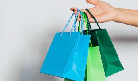 Which are the Top Performing Segments in the Retail Industry