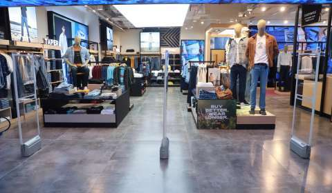 Levi's Opens its 3,400 sq ft Flagship Store at Noida's DLF Mall of India