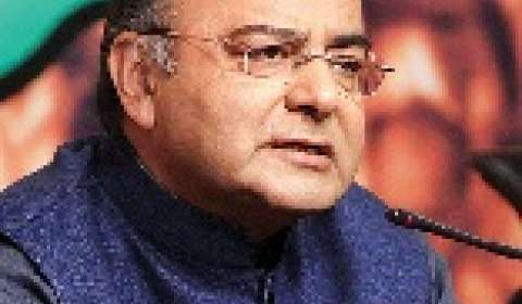 Government to sort out compensation issues for early GST roll-out: FM Arun Jaitley