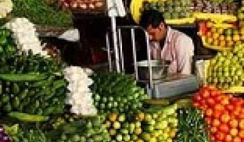 Kitchen costs surge due to spike in vegetable prices: Survey