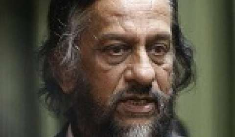 Malls are energy guzzlers, says RK Pachauri