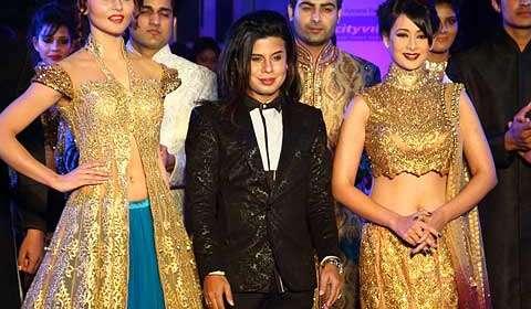 Aute-O Couture extravaganza by Ace Fashion Designer Sikandar Nawaz