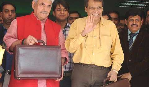 Rail Budget 2015: Railways to integrate best food chains for e-catering