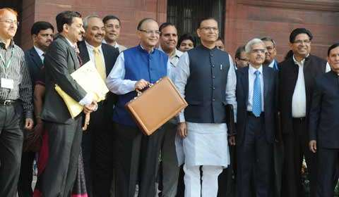 Budget 2015: Corporate tax to be reduced, GST to be implemented
