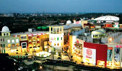 Best shopping malls 2015: Amanora Town Centre, Pune