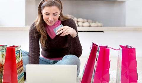 How to stay updated on the best deals offered online