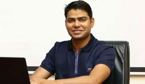 Rahul Yadav's latest venture sinks