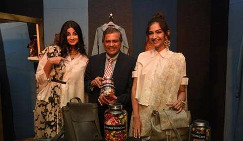 Shoppers Stop collaborates with Rhea & Sonam Kapoor to launch  Rheson!