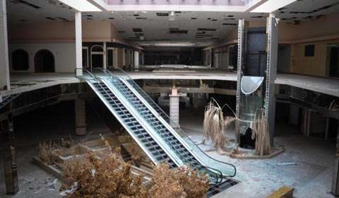 Why Malls in India are turning into ghost towns?