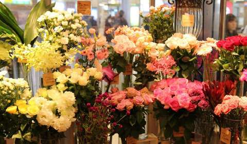 Luxury Floral Gifting