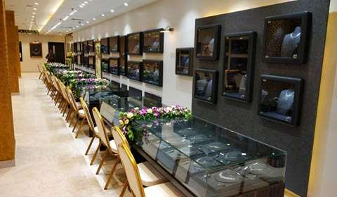 Reliance Jewels opens second premium store in Varanasi