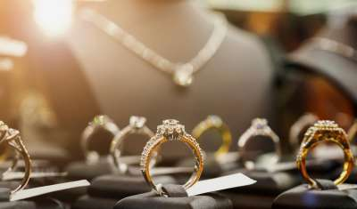 Organised jewellery retailers stare at halving of revenue growth