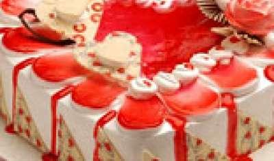 Mongini valentine cake