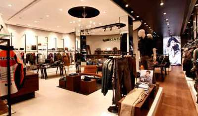 Max Fashion signs strategic pact with eCommerce giant Flipkart