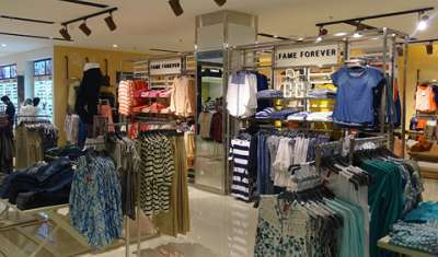 Lifestyle's Calicut store: A bonanza of colours