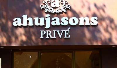 Ahujason Privè at Khan Market